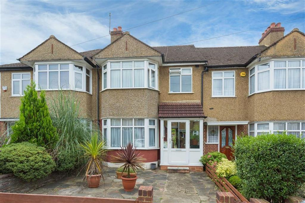 3 Bedrooms Terraced House for sale in Tudor Close, Eastcote Village, Middlesex