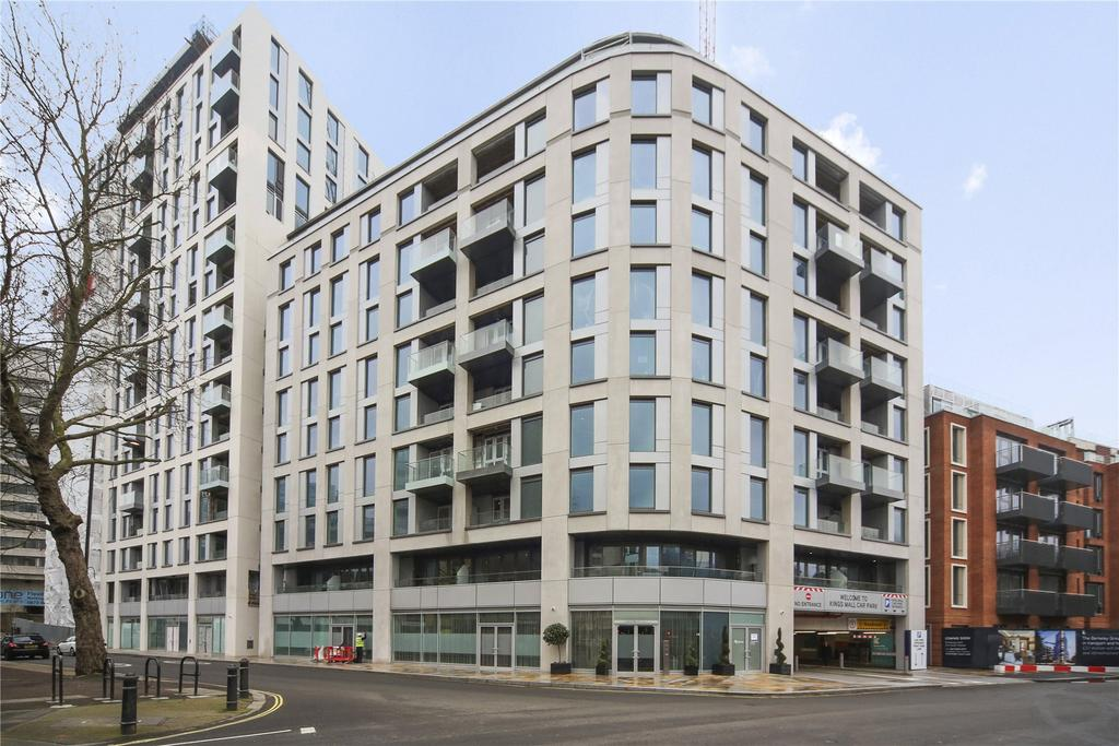 2 Bedrooms Flat for sale in Lancaster House, Sovereign Court, 47 Beadon Road, London, W6