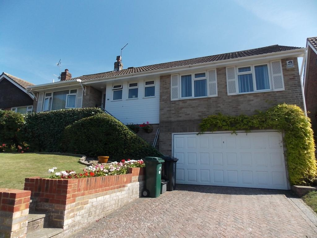 2 Bedrooms Detached Bungalow for sale in Saltdean