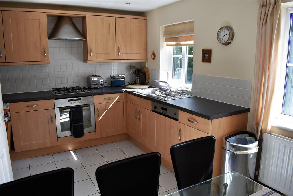 3 Bedrooms Town House for sale in The Feathers, St. Helens