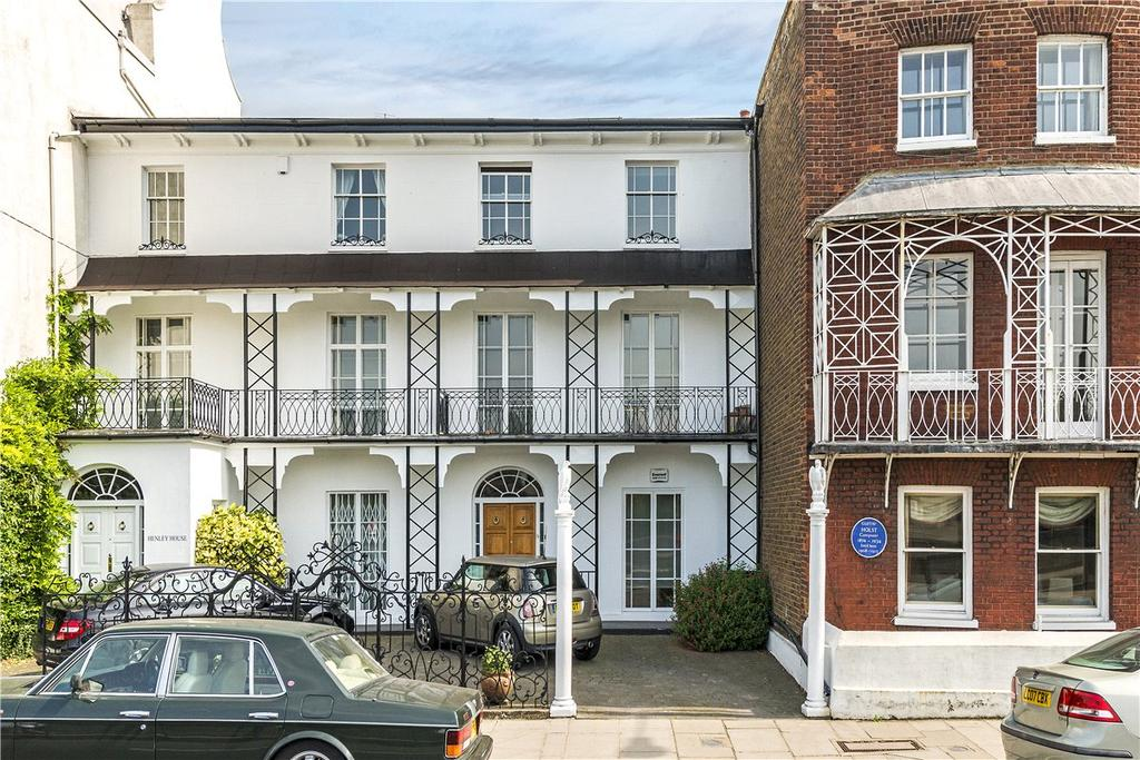 3 Bedrooms Terraced House for sale in The Terrace, London, SW13