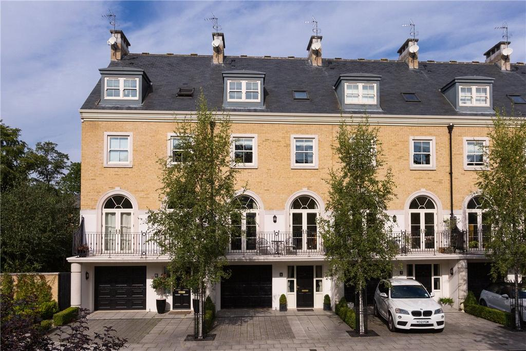 5 Bedrooms Terraced House for sale in The Square, Dringhouses, York, YO24
