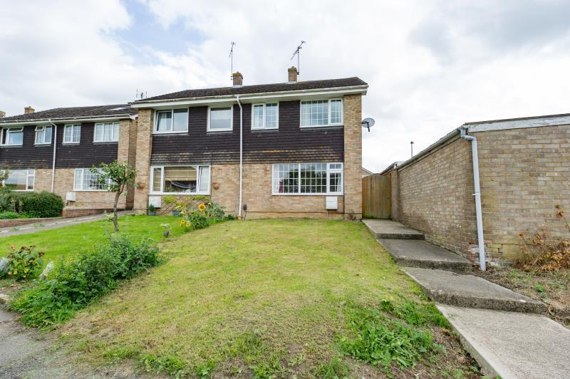 3 Bedrooms Semi Detached House for sale in Farmers Close, Witney, Oxfordshire