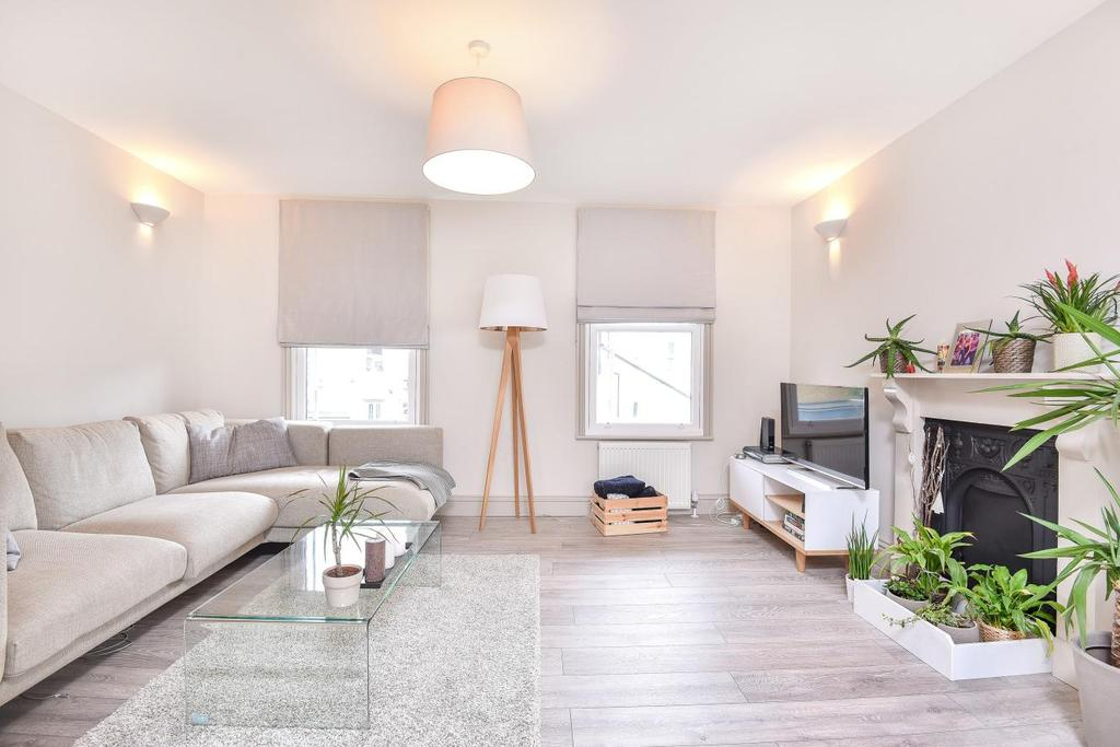 3 Bedrooms Flat for sale in Trevelyan Road, Tooting