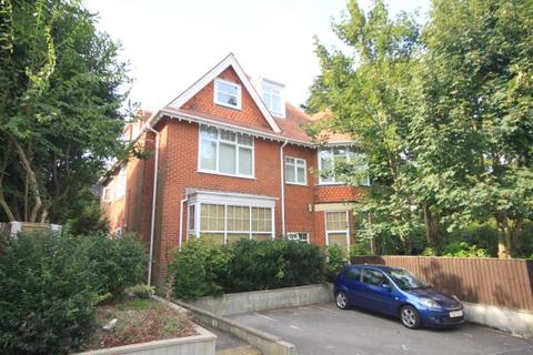 3 bedroom flat for sale - Surrey Road, Bournemouth