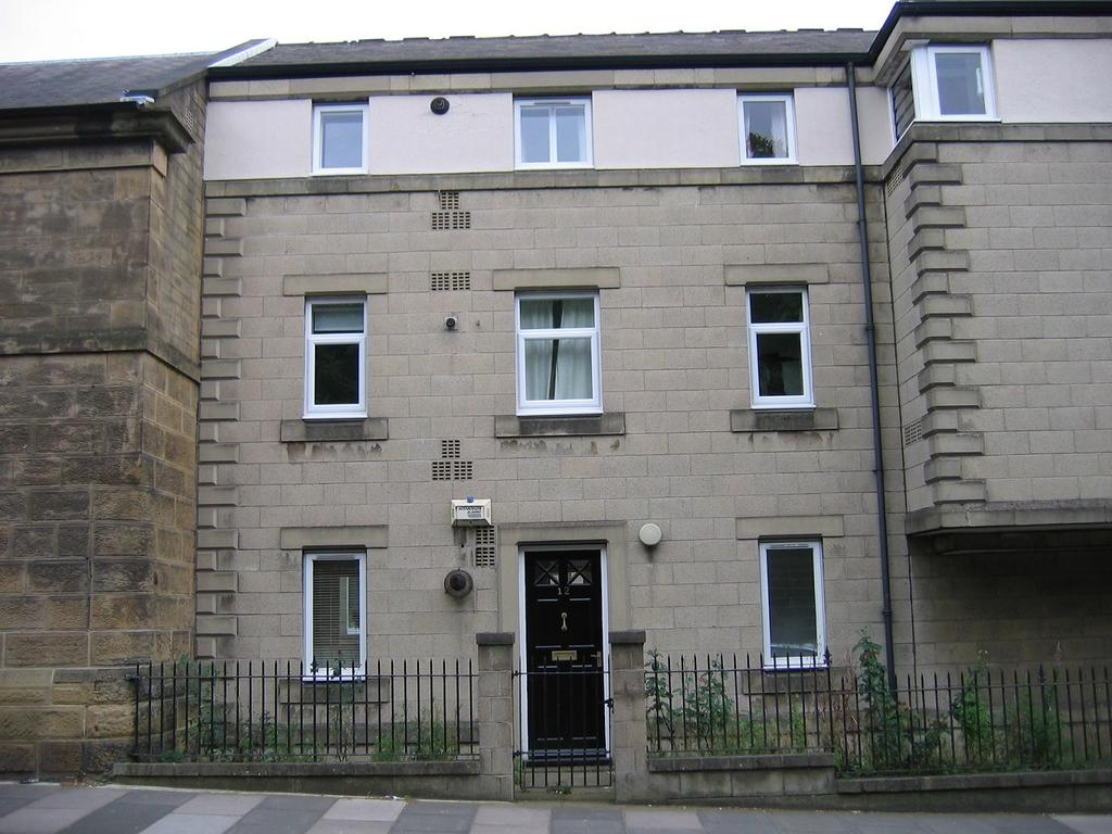 2 Bedrooms Flat for sale in Waverley Lodge, Sandyford, Newcastle upon Tyne NE2