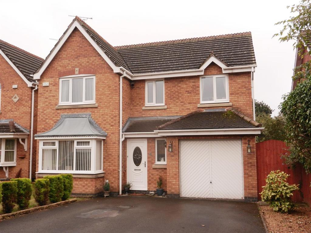 4 Bedrooms Detached House for sale in Avondale Crescent, Pandy, Wrexham
