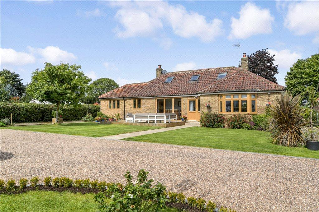 4 Bedrooms Detached Bungalow for sale in Crooked Lane, Kirk Hammerton, York, North Yorkshire