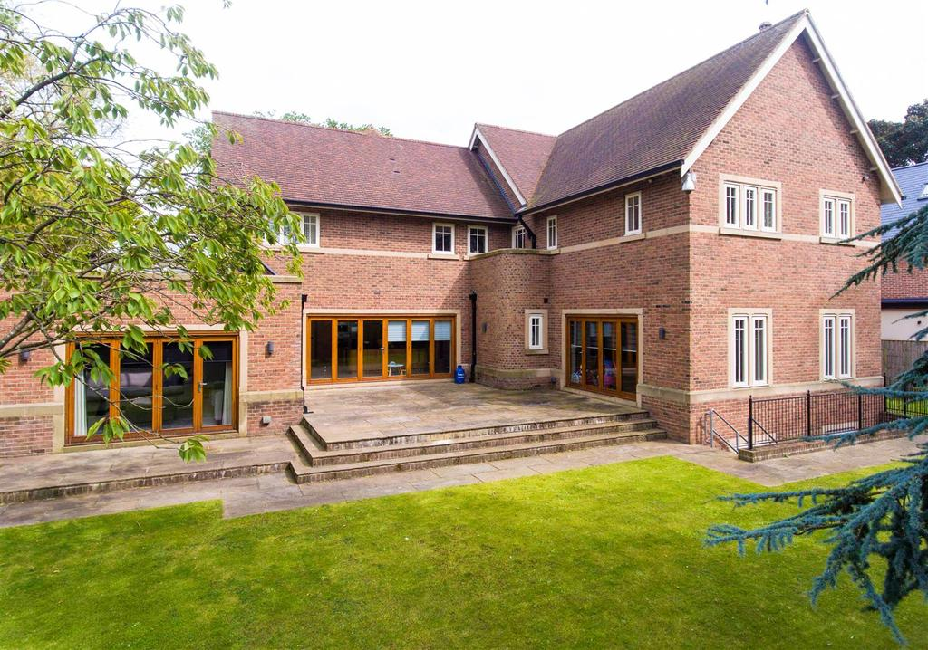 5 Bedrooms Detached House for sale in The Cedars, Ashbrooke, Sunderland