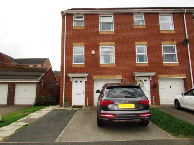 4 Bedrooms Town House for sale in DALBY GROVE, MURTON, SEAHAM DISTRICT