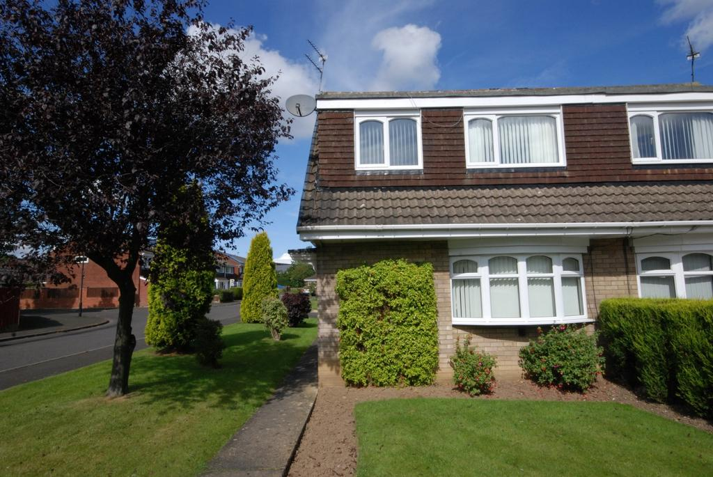 3 Bedrooms Semi Detached House for sale in Yeadon Court, Kingston Park