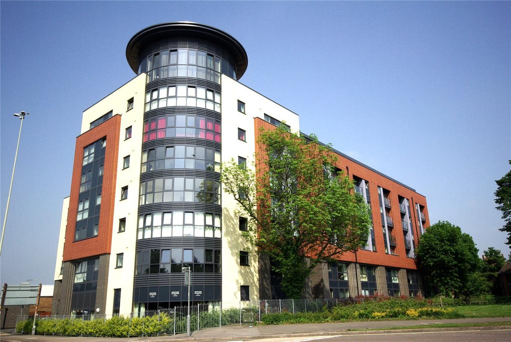 2 Bedrooms Apartment Flat for sale in Flanders Court, 12-14 St. Albans Road, Watford, Hertfordshire, WD17