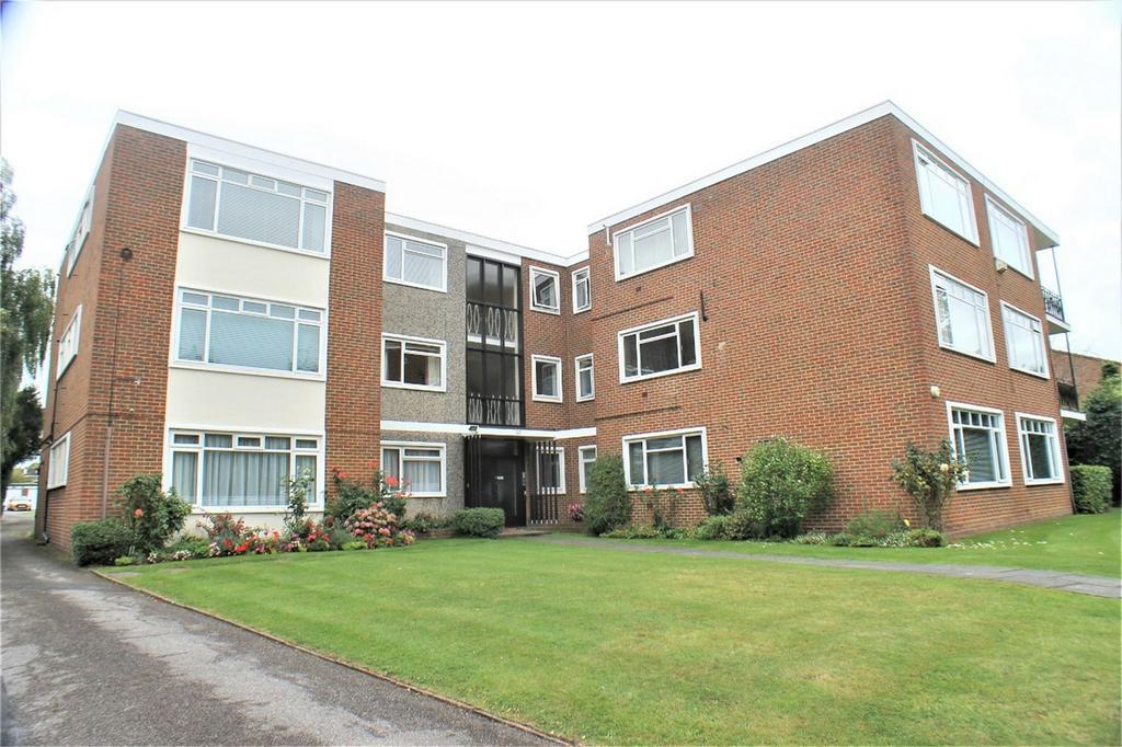 2 Bedrooms Flat for sale in Wickham Road, Beckenham