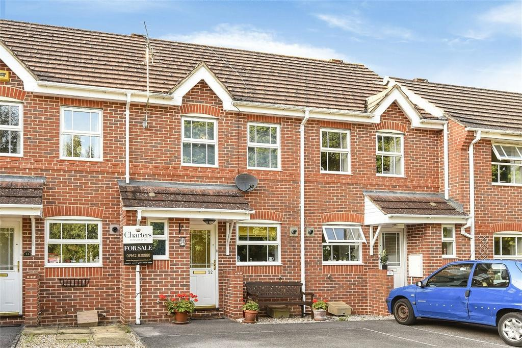 2 Bedrooms Terraced House for sale in Chandler's Ford, Hampshire