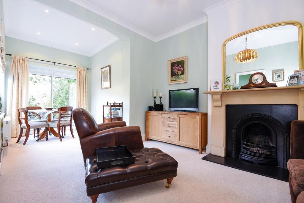 3 Bedrooms Semi Detached House for sale in Laurel Road, West Wimbledon