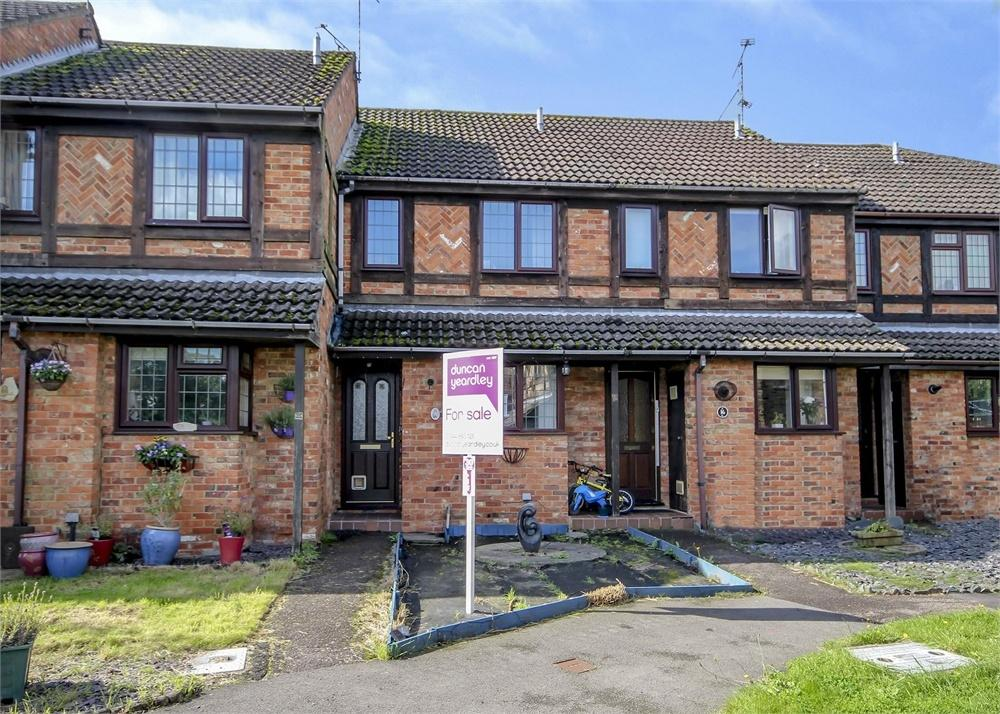 2 Bedrooms Terraced House for sale in Daventry Court, Bracknell, Berkshire