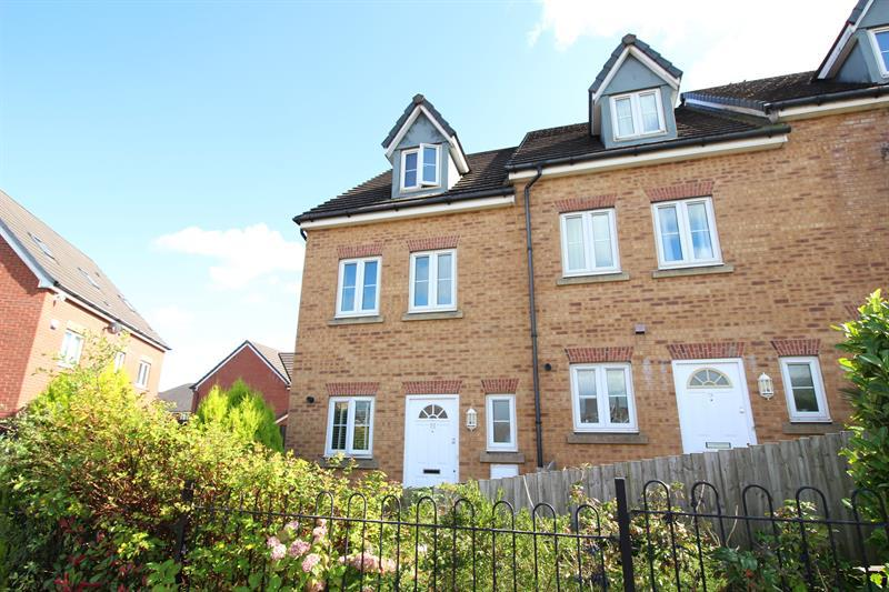 3 Bedrooms Town House for sale in Drum Tower View, Caerphilly