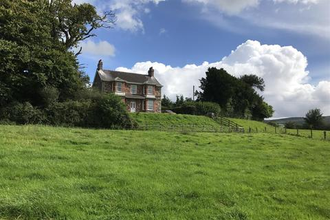 4 bedroom property with land for sale - Llangadog