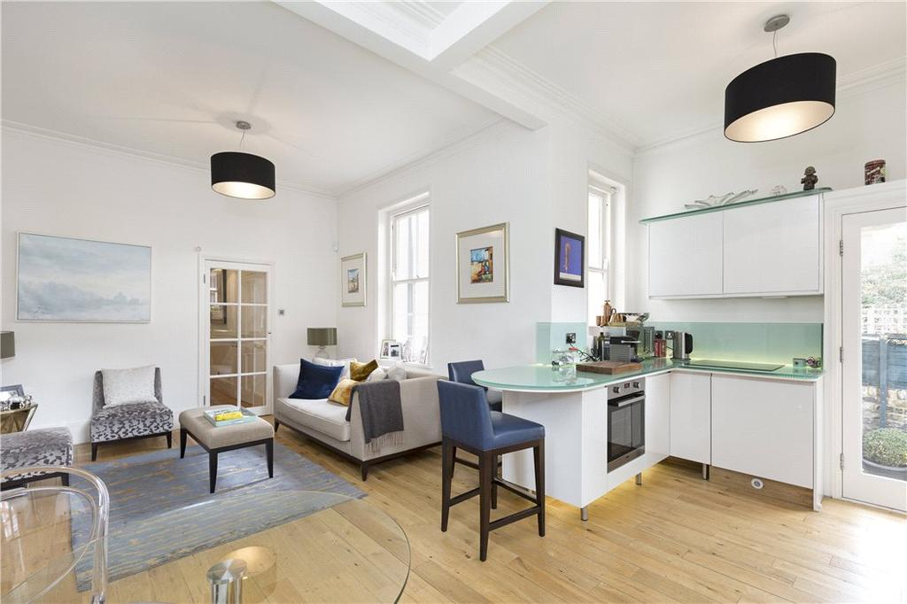 3 Bedrooms Flat for sale in Stanley Mansions, Park Walk, Chelsea, London, SW10