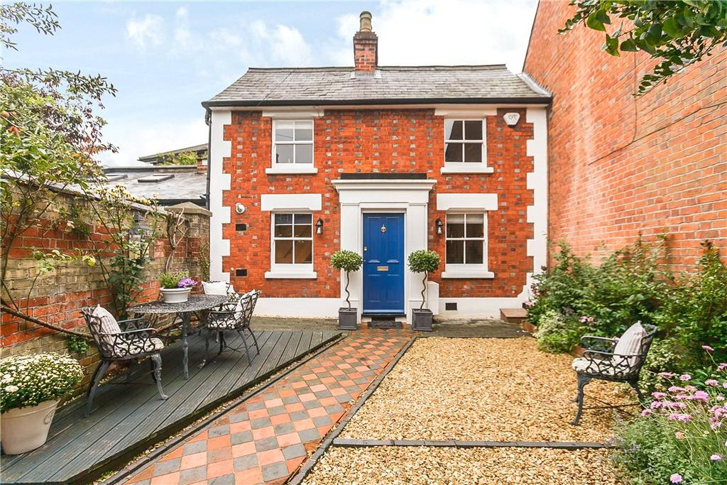 2 Bedrooms Semi Detached House for sale in Greys Road, Henley-on-Thames, RG9