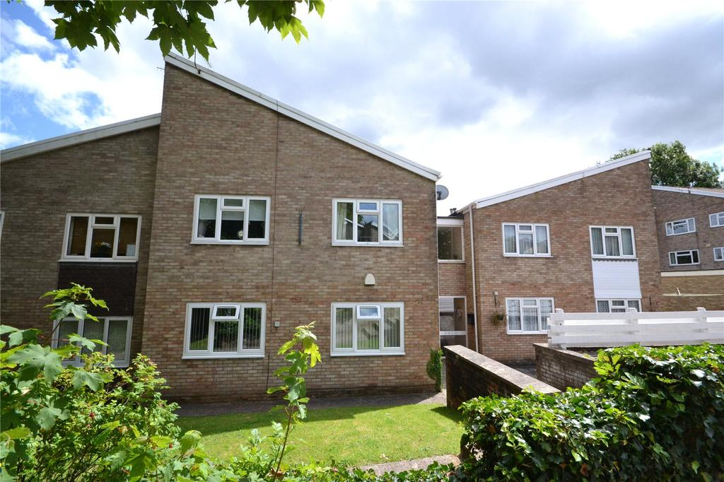 2 Bedrooms Apartment Flat for sale in Forest Oak Close, Cyncoed, Cardiff, CF23