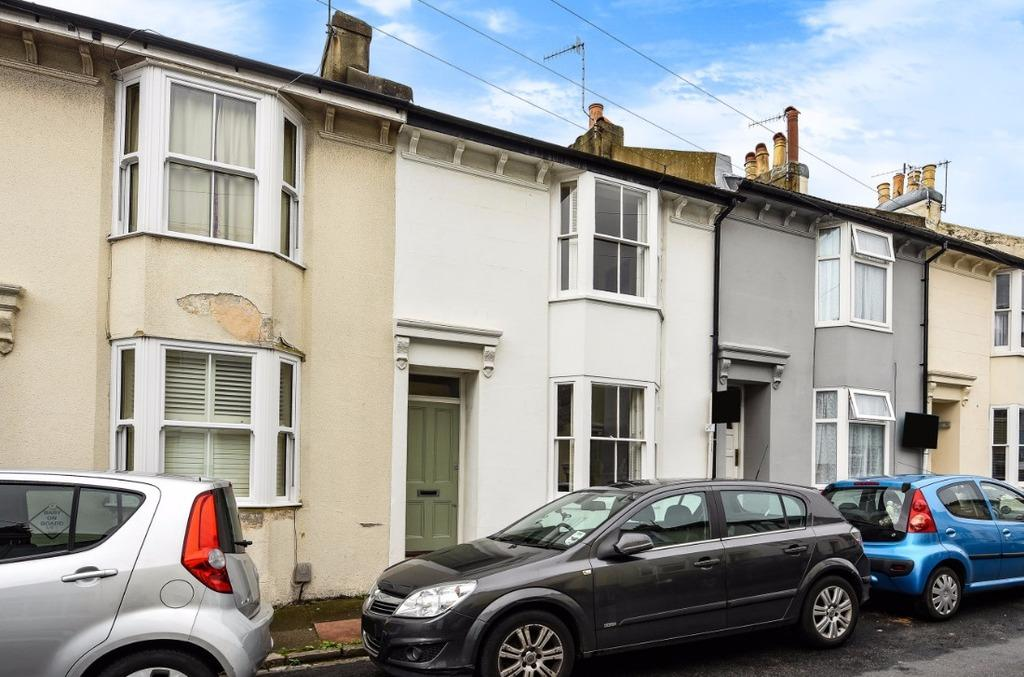 2 Bedrooms Terraced House for sale in Quebec Street Brighton East Sussex BN2