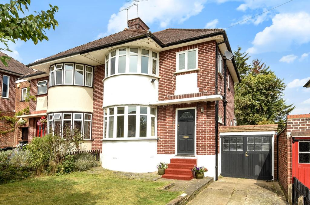 3 Bedrooms Semi Detached House for sale in Ashley Gardens Orpington BR6