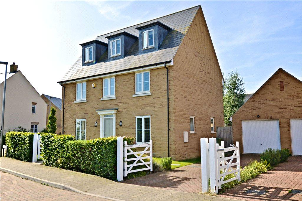 5 Bedrooms Detached House for sale in Trafalgar Drive, Brooklands, Milton Keynes, Buckinghamshire