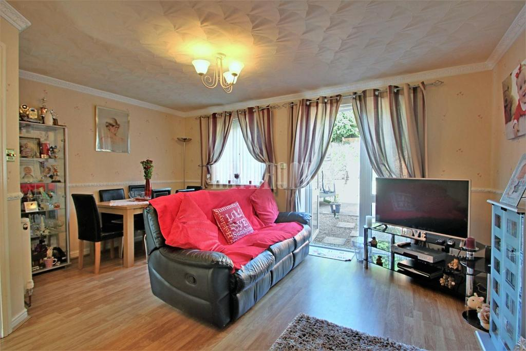 3 Bedrooms Semi Detached House for sale in Ridge view drive, Wincobank