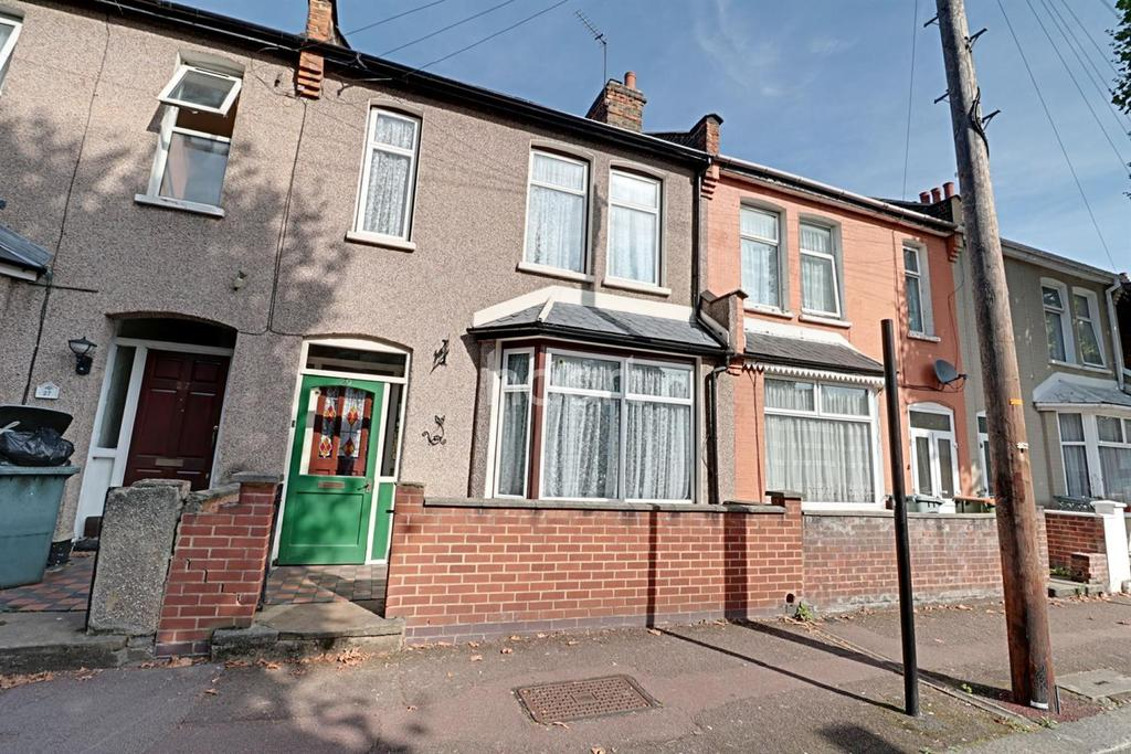 3 Bedrooms Terraced House for sale in Stevenage Road, East Ham