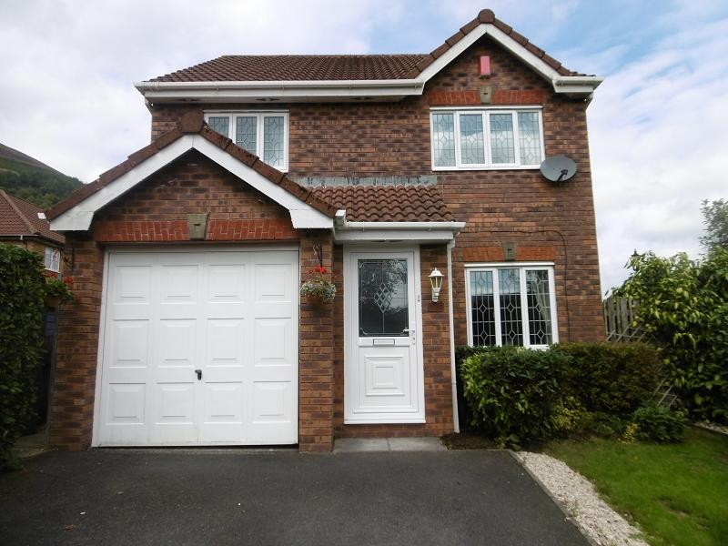 3 Bedrooms Detached House for sale in Howards Way, Victoria, Ebbw Vale, Blaenau Gwent.