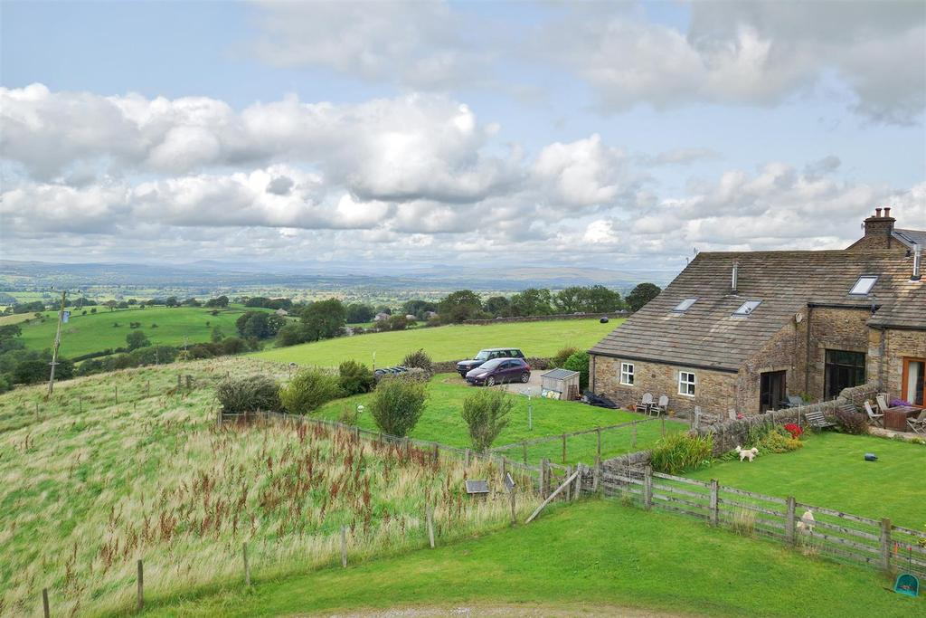 4 Bedrooms Semi Detached House for sale in Twiston, Near Clitheroe