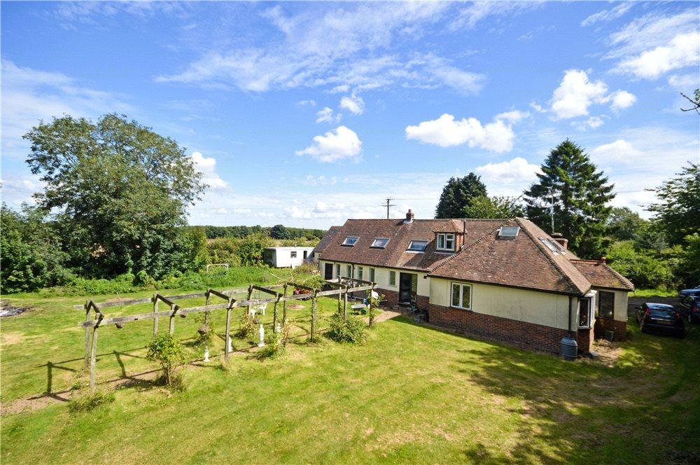 4 Bedrooms Detached House for sale in Hassell Street, Hastingleigh, Ashford, Kent