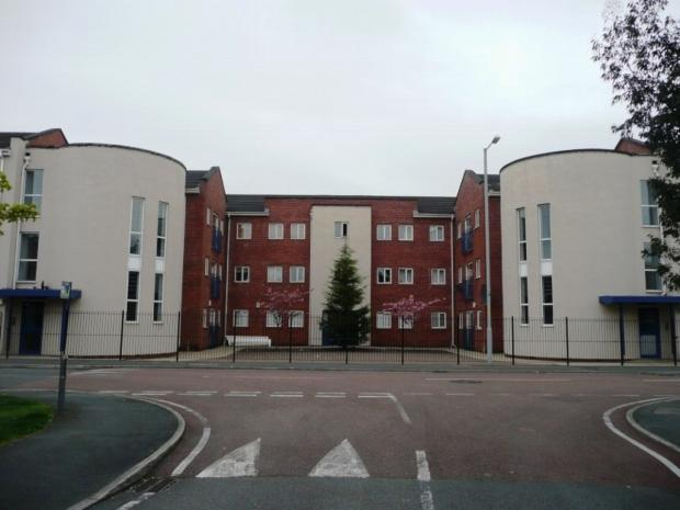 3 Bedrooms Apartment Flat for sale in Mallow Street Hulme. M15 5ge Manchester