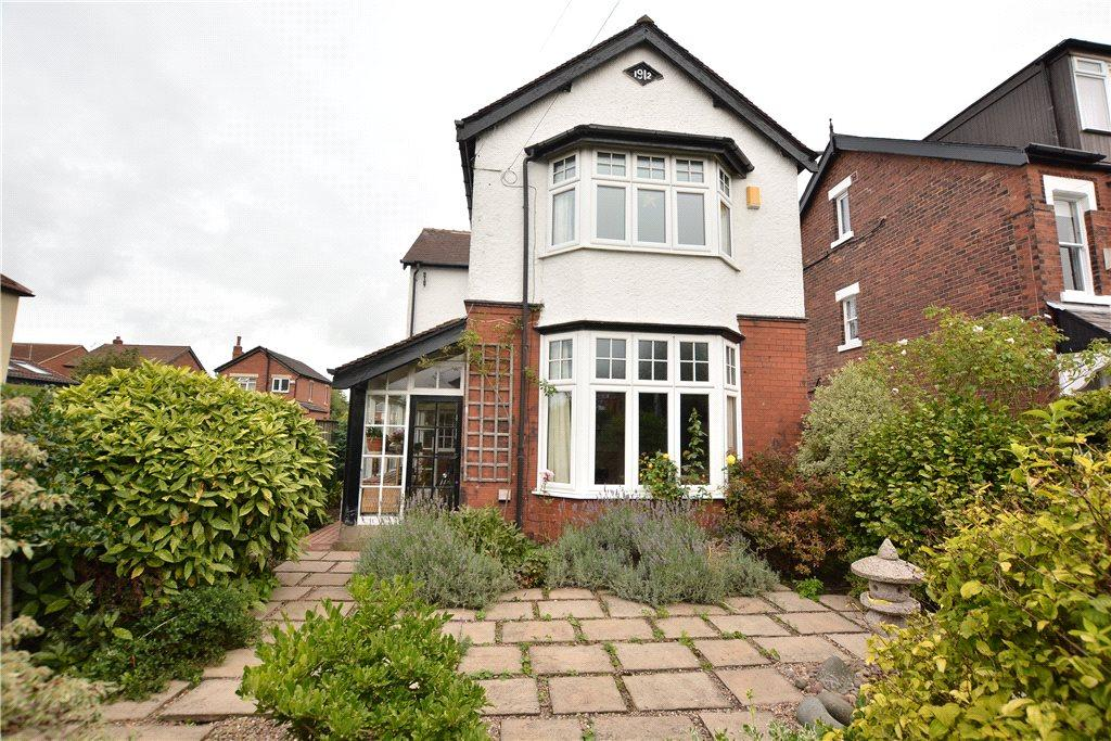 3 Bedrooms Detached House for sale in Denton Avenue, Roundhay, Leeds