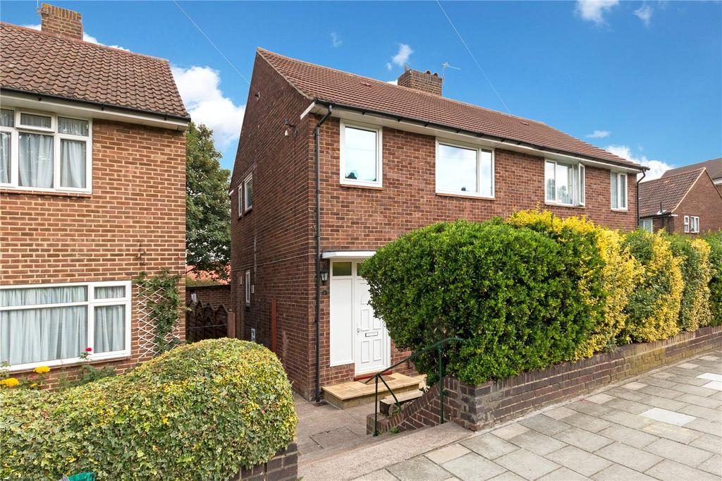 3 Bedrooms Semi Detached House for sale in Lakeview Road, London, SE27