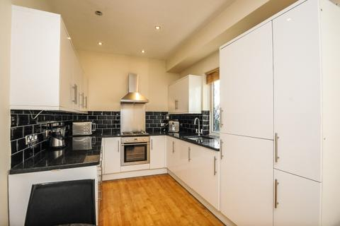 Flats To Rent In Kt4 Latest Apartments Onthemarket