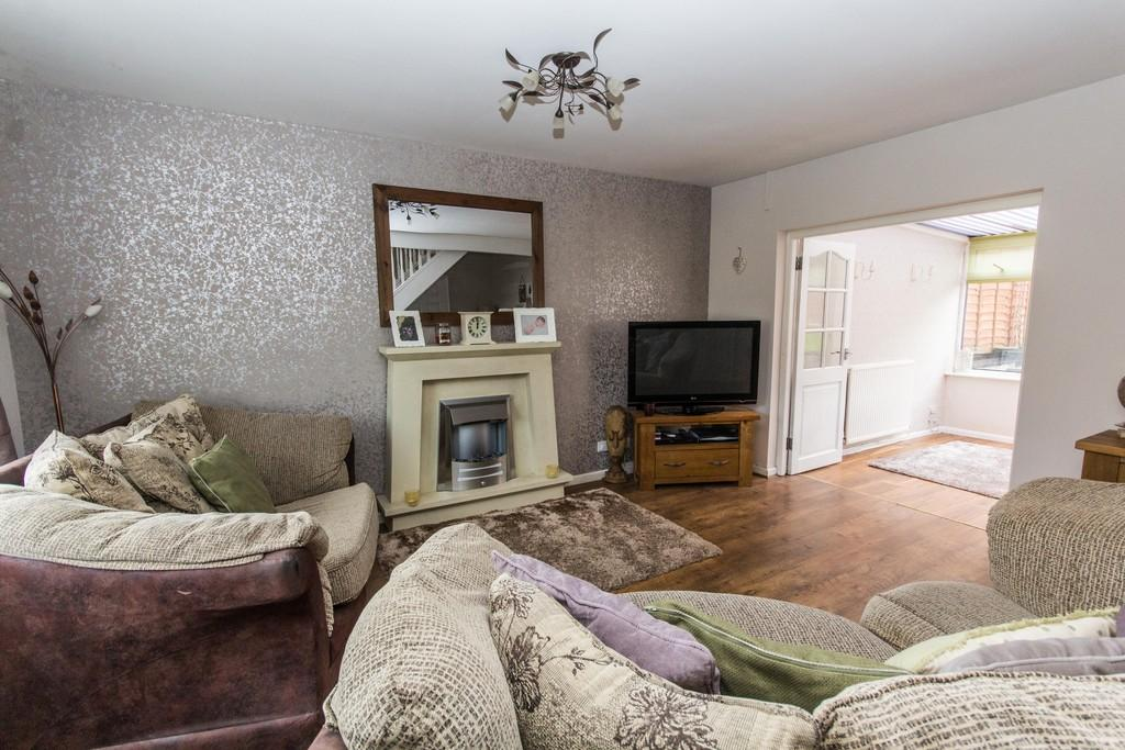 2 Bedrooms Terraced House for sale in 4 Tyne Road, Walney