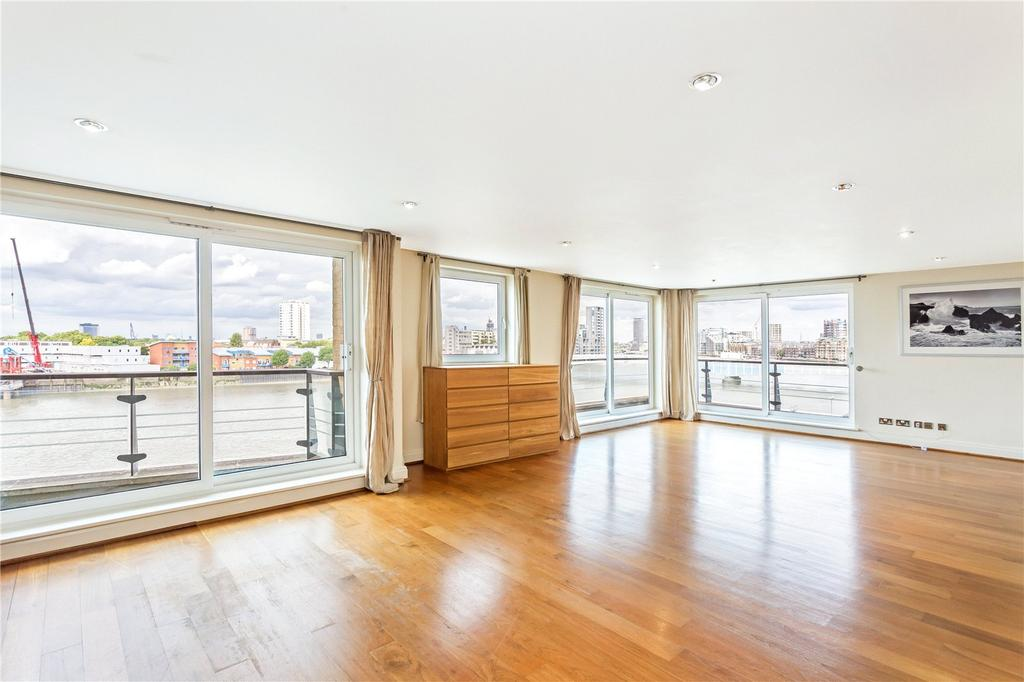 3 Bedrooms Flat for sale in Bluewater House, Smugglers Way, London, SW18