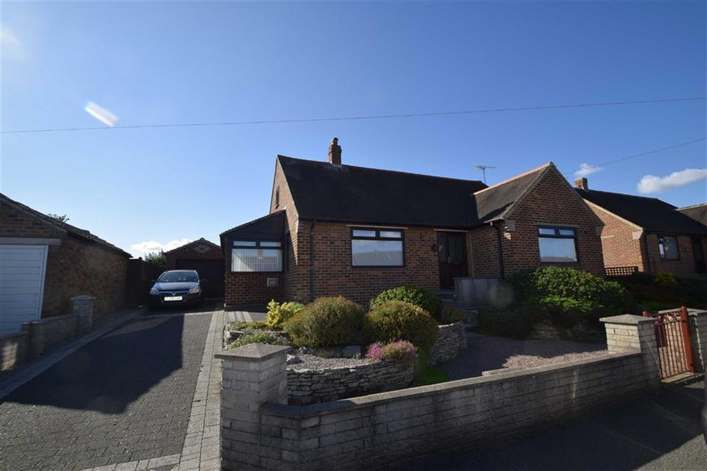 5 Bedrooms Detached Bungalow for sale in Brierley Road, Crossgates, North Yorkshire, YO12