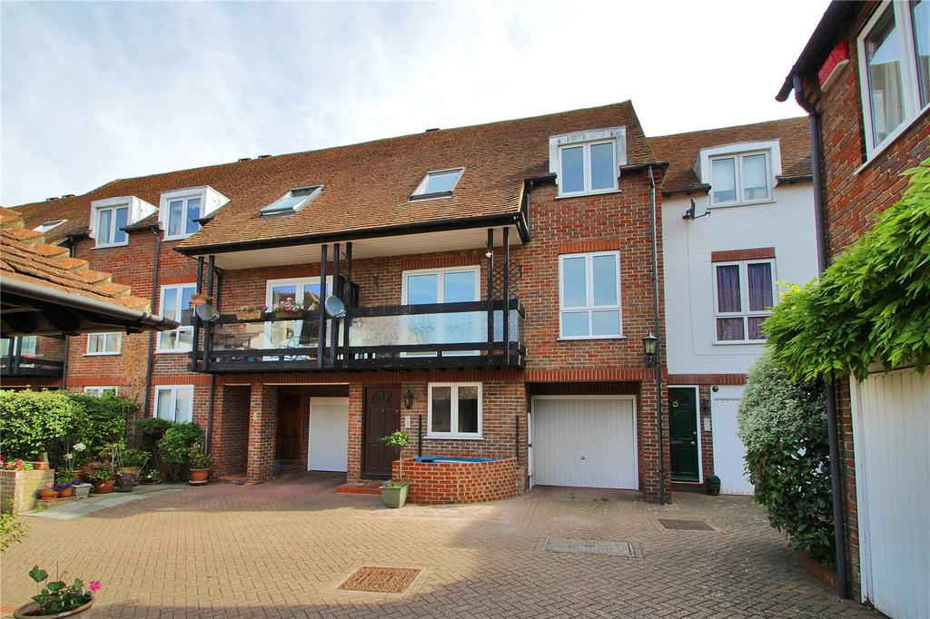 3 Bedrooms Terraced House for sale in Temple Mews, Stour Street, Canterbury, Kent, CT1
