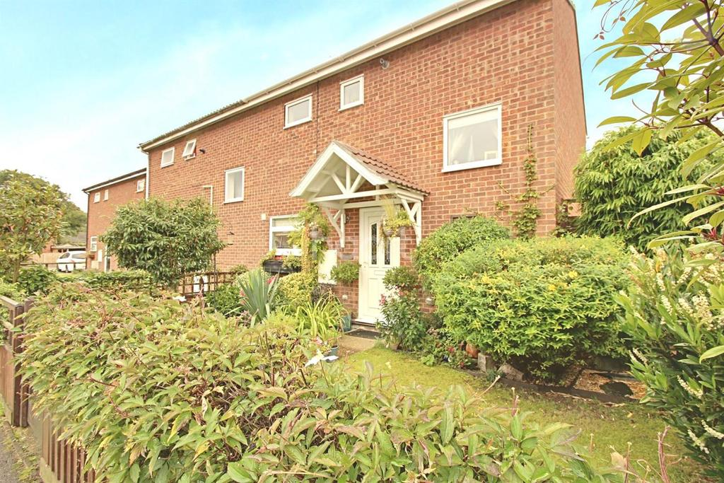 2 Bedrooms Terraced House for sale in Jubilee Close, Waterbeach, Cambridge