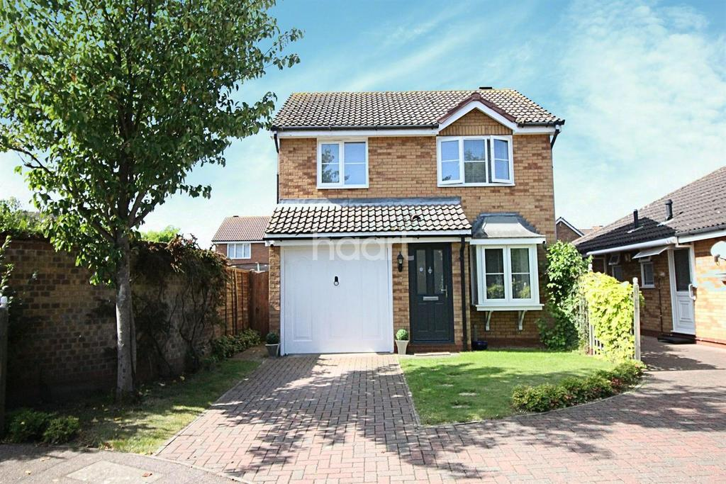 3 Bedrooms Detached House for sale in The Woolnoughs