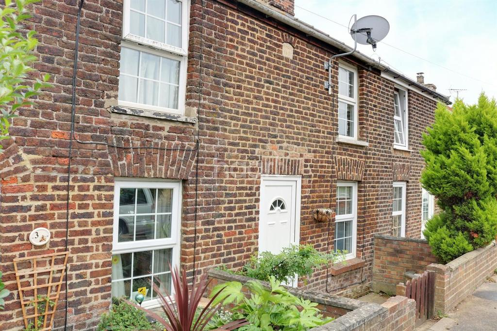 2 Bedrooms Terraced House for sale in Mill Road, Walpole Highway