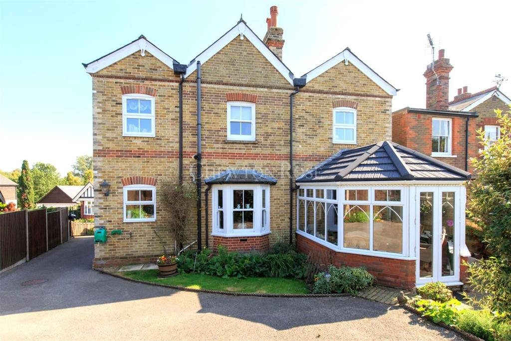 4 Bedrooms Detached House for sale in Earls Colne