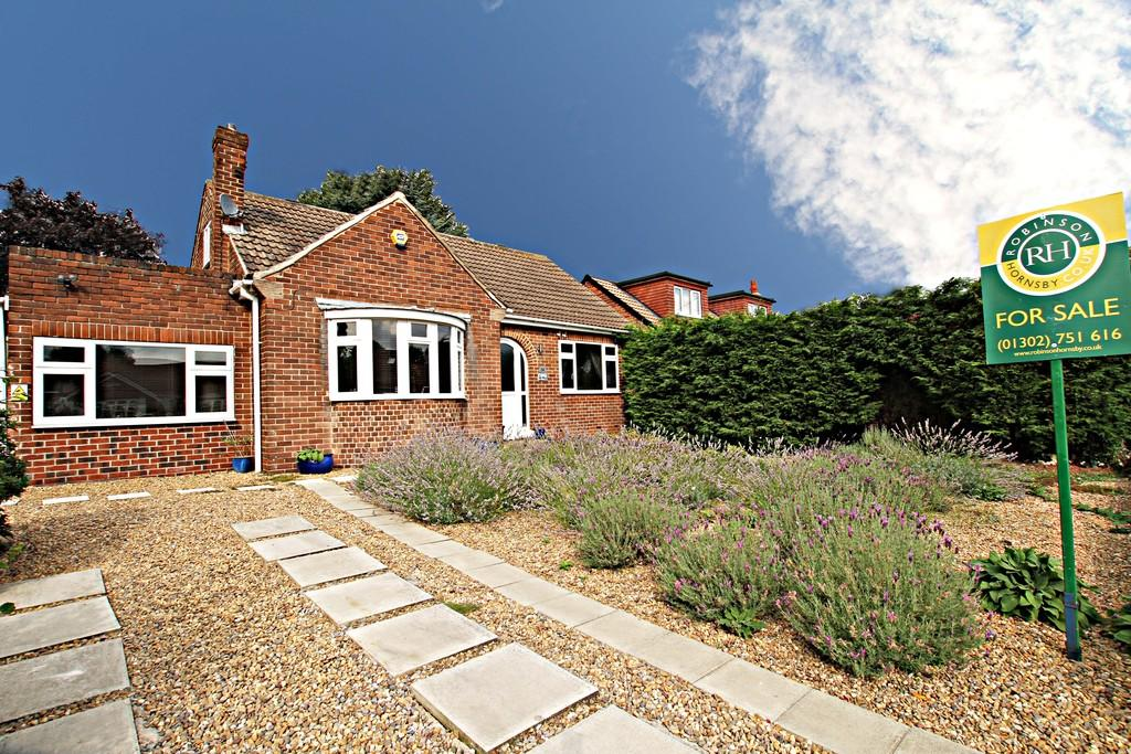 3 Bedrooms Detached House for sale in Ingham Road, Bawtry, Doncaster