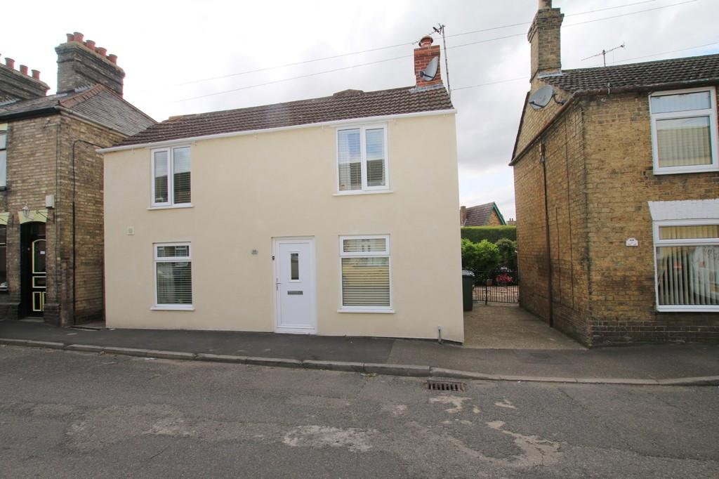 3 Bedrooms Detached House for sale in West Street, Chatteris