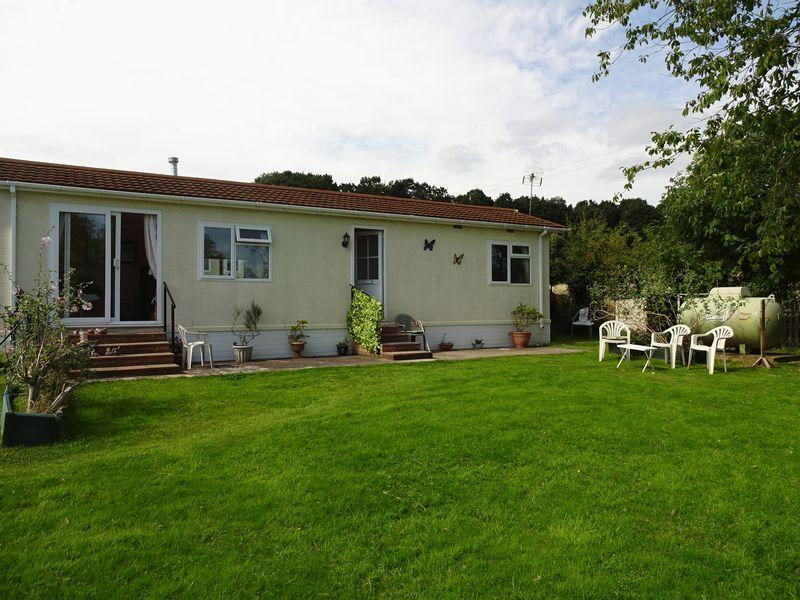 2 Bedrooms Park Home Mobile Home for sale in Arley Road, Bewdley DY12 3LA