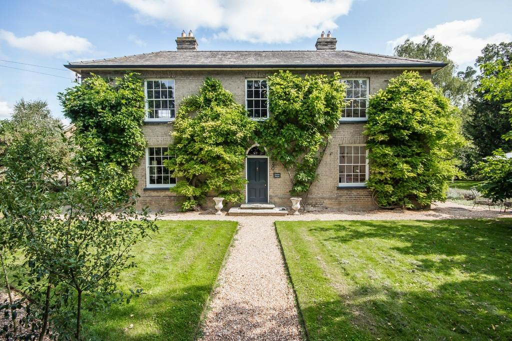 5 Bedrooms Detached House for sale in High Street, Longstanton, Cambridge