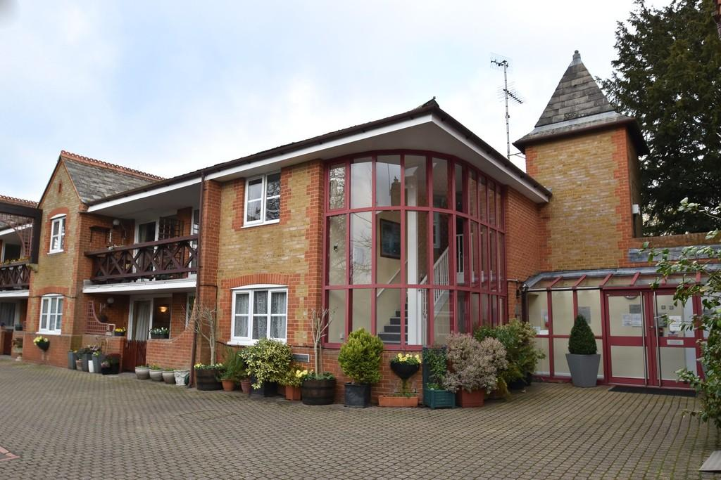 1 Bedroom Retirement Property for sale in Godalming